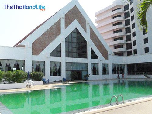 Rimpao-hotel-pool