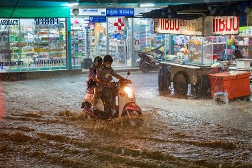 rainy season thailand
