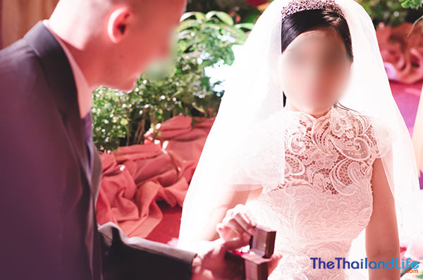 modern thai wedding