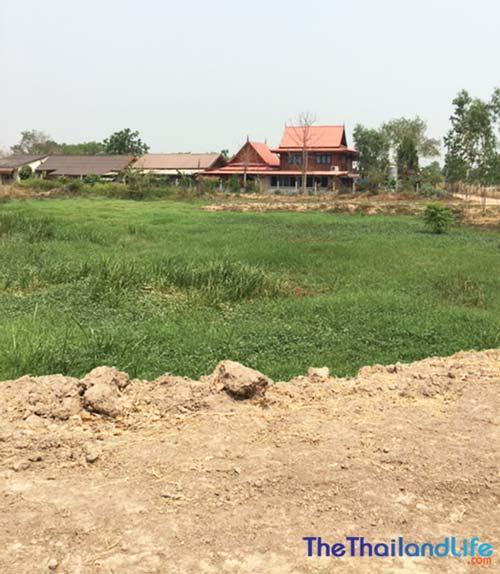 buying land in thailand