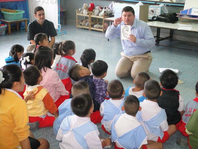 teaching-thai-kindergarten