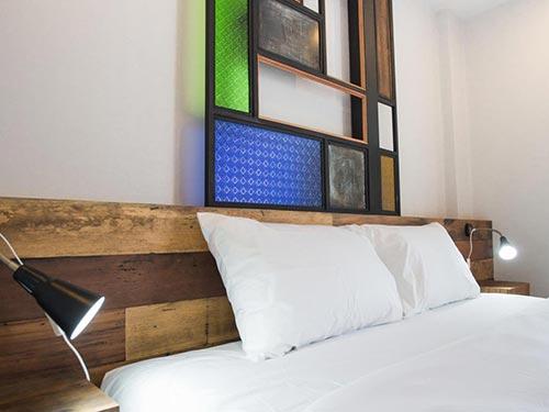 arak bed and bar