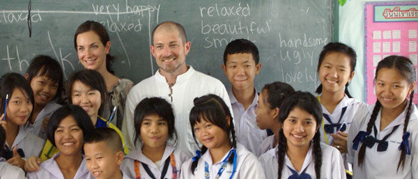 volunteer-speak-english-thailand