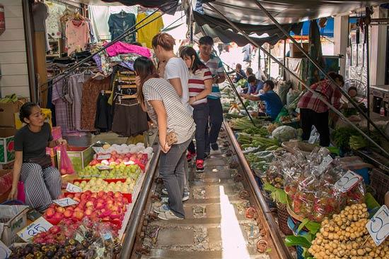 railway market bangkok