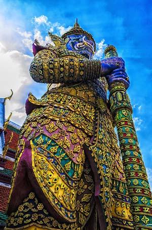 wat-arun-giant