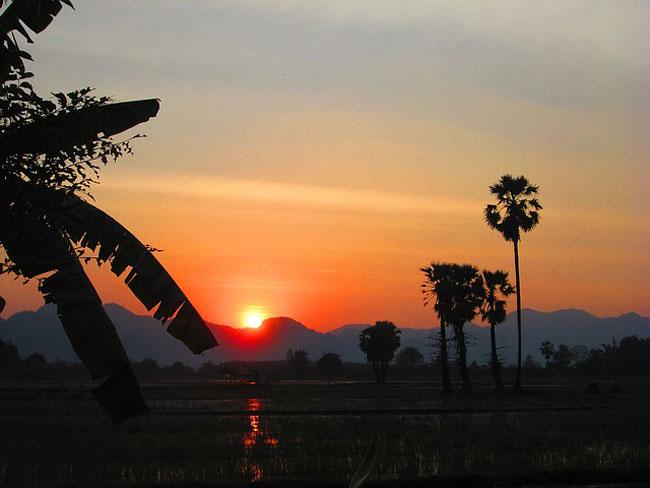 sunset-kanchanaburi