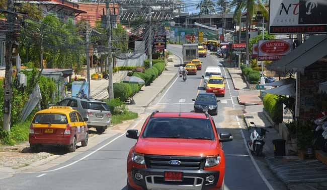 driving-in-thailand