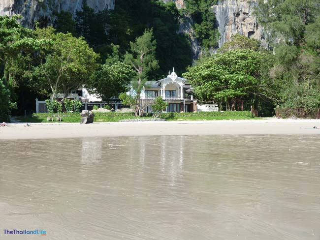 house-at-Railay-Beach